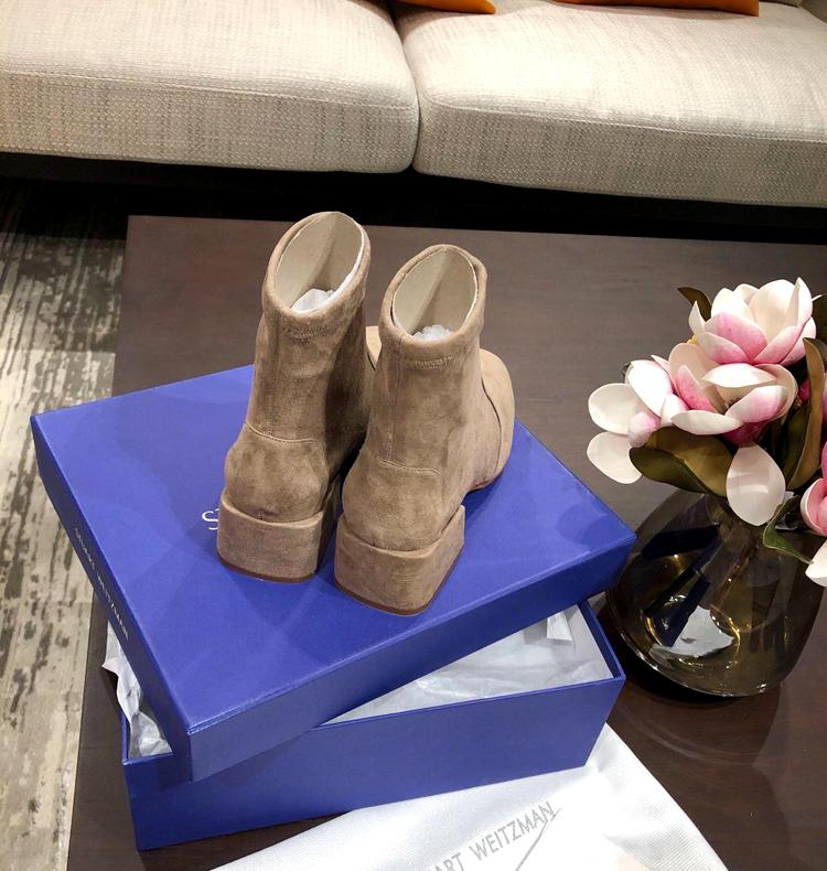 Stuart Weitzman短靴--ACCORDION系列短靴 SW 18秋冬方跟短靴