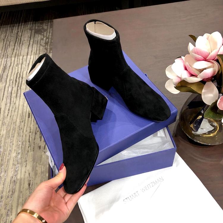 Stuart Weitzman短靴–ACCORDION系列短靴 SW 18秋冬方跟短靴