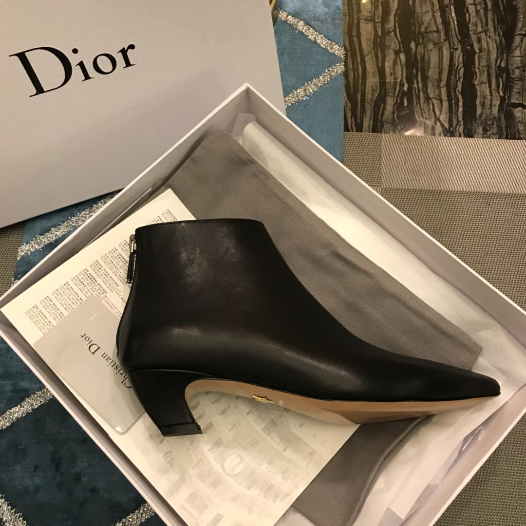 DIOR短靴 2018秋冬迪奥欧洲新款短靴猫跟新元素
