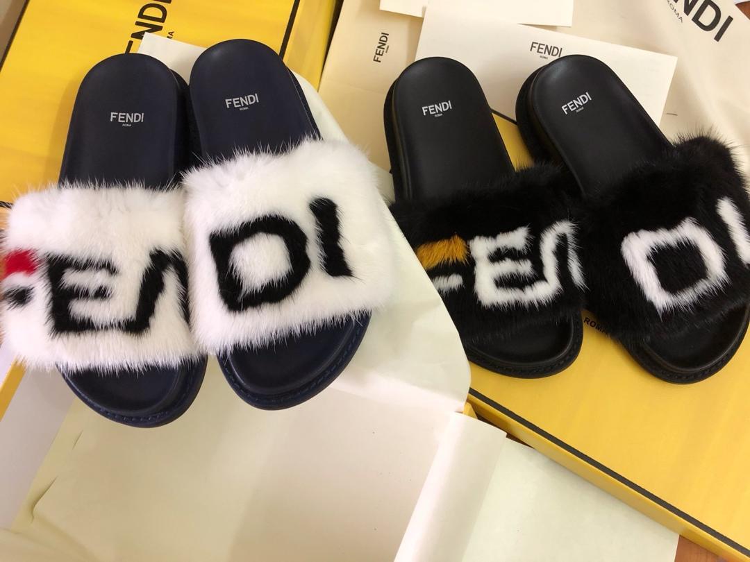 芬迪貂毛拖鞋到货现货发售正品代购级毛拖鞋
