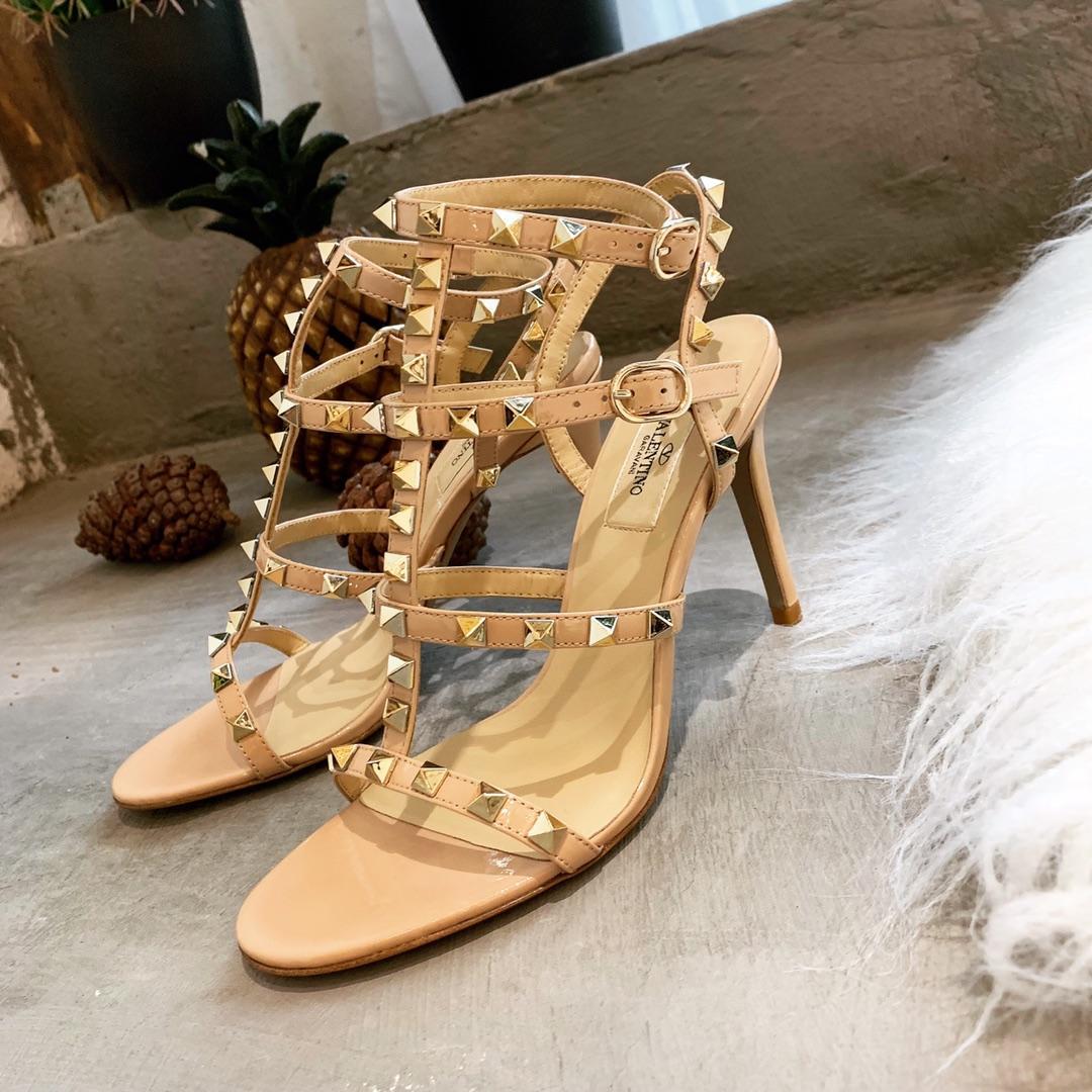 代购级别 华伦天奴铆钉高跟凉鞋 Valentino三带女式凉鞋