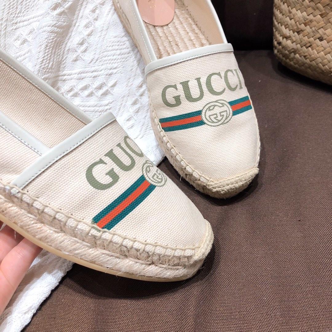 代购级别!GUCCI新款渔夫鞋