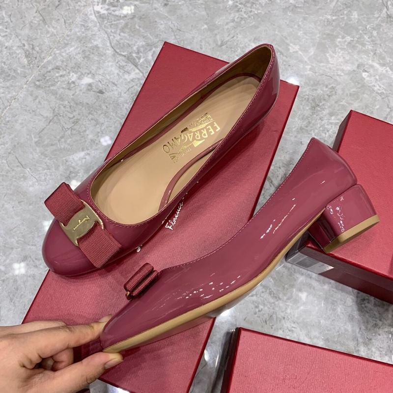 Ferragamo单鞋 菲拉格慕粗跟单鞋原单代购级别中跟女鞋