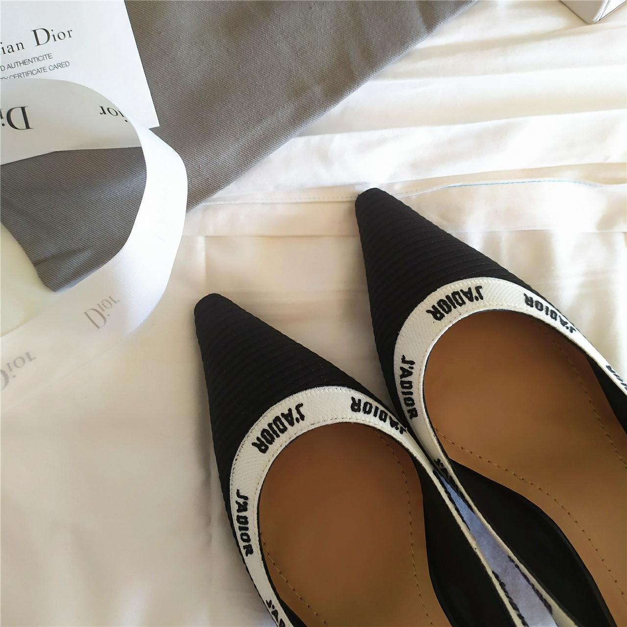 J'ADIOR高跟鞋 迪奥刺绣设计灵感高跟鞋