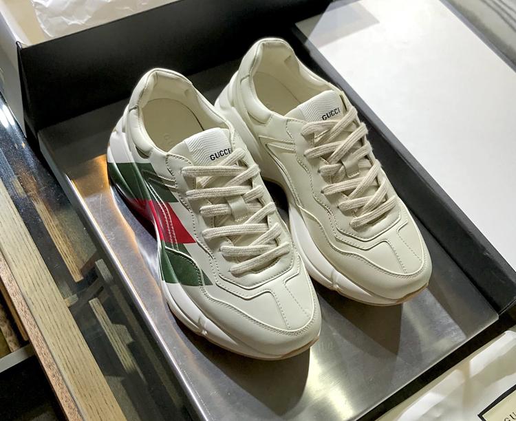 高仿GUCCI老爹鞋 Rhyton系列老爹鞋 古驰情侣款运动鞋