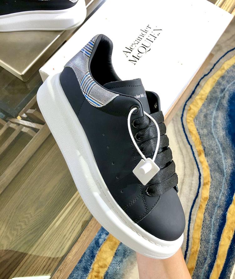 Alexander McQueen麦昆情侣款小白鞋 专柜新款休闲鞋 官网同步发售
