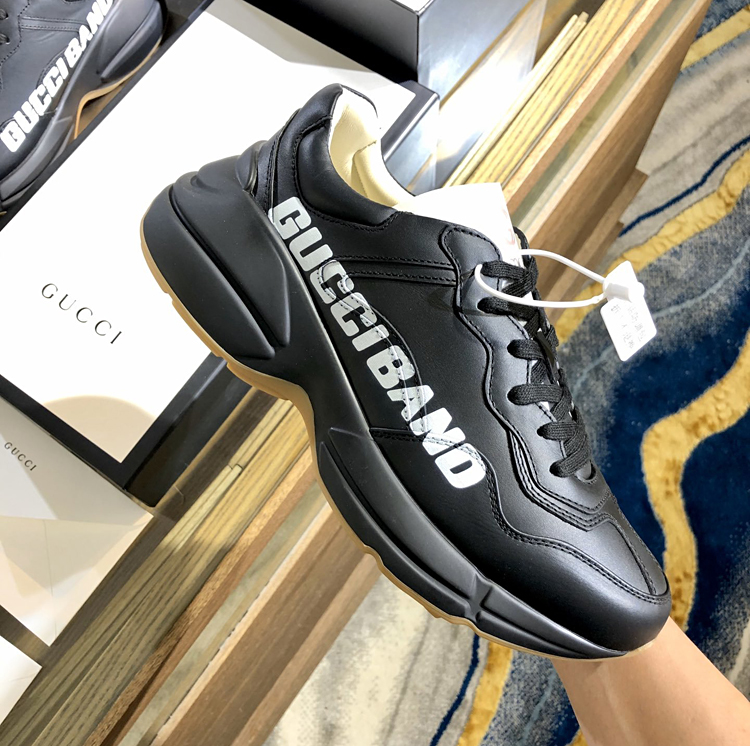 高仿GUCCI新款Rhyton系列老爹鞋 古驰情侣款运动鞋
