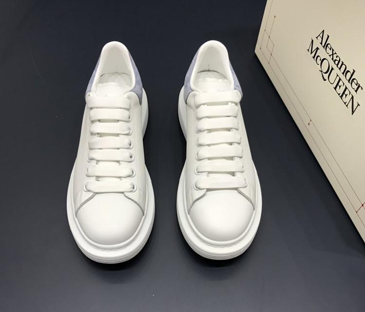 McQueen小白鞋 麦昆最新款小白鞋 1:1复刻情侣款休闲鞋 灰色羊猄