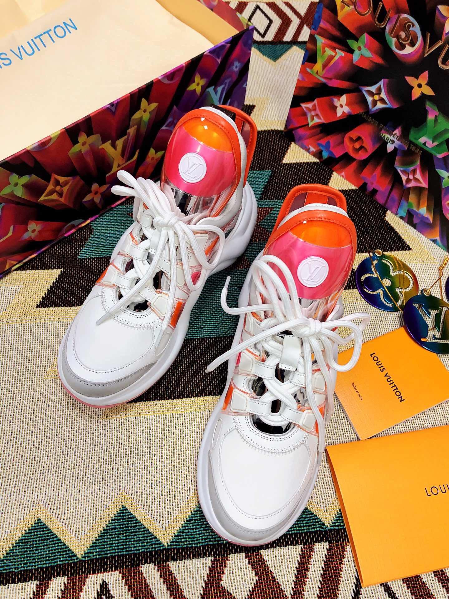 广州高仿原单一手货源 LV情侣款运动鞋 Archlight2020早春款sneaker老爹运动鞋