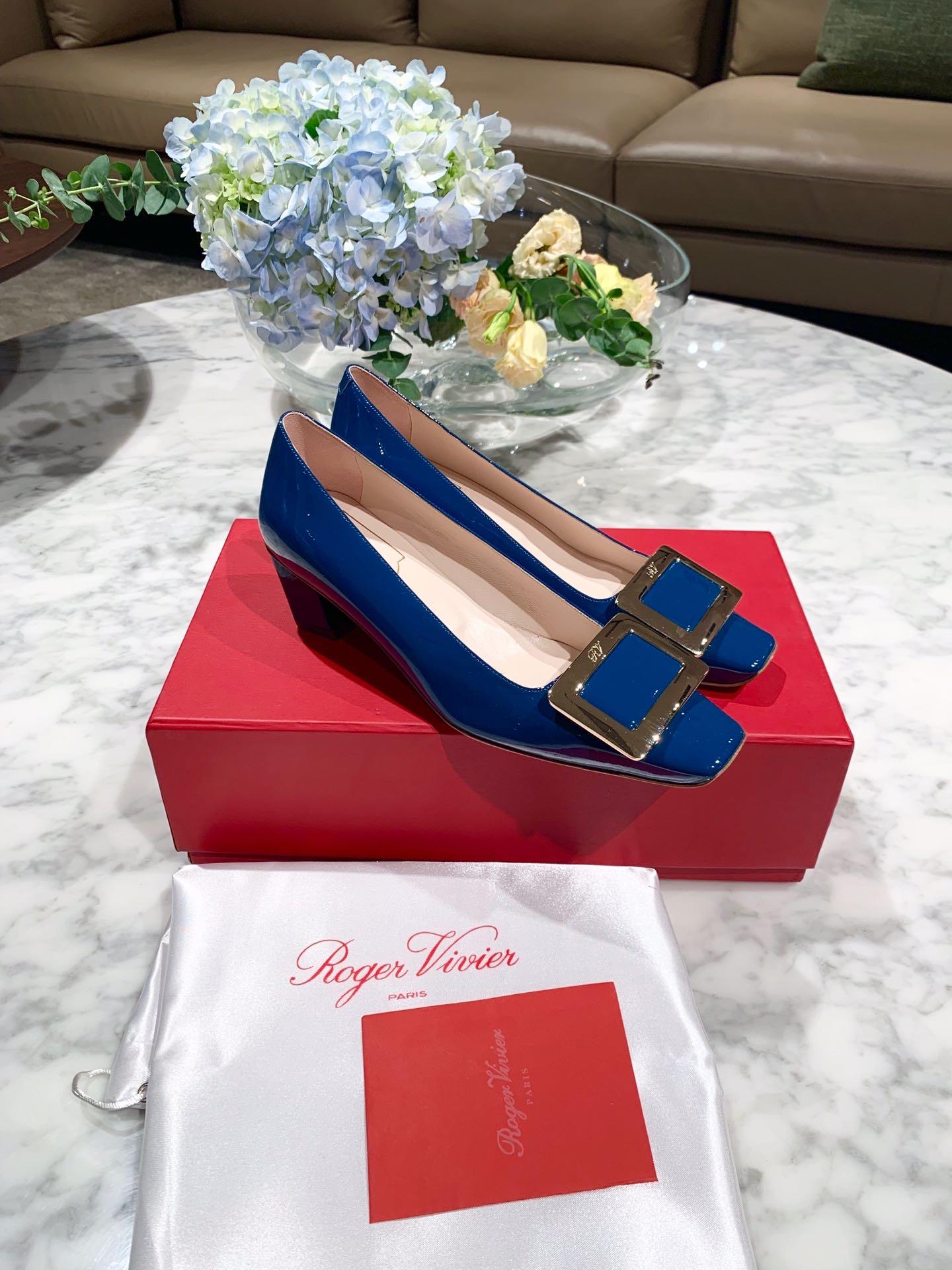 新款rv高跟鞋 roger vivier女鞋官网同款最流行的高跟鞋